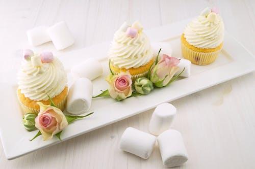 Foto profissional grátis de açúcar, alimento, assando, bolinhos