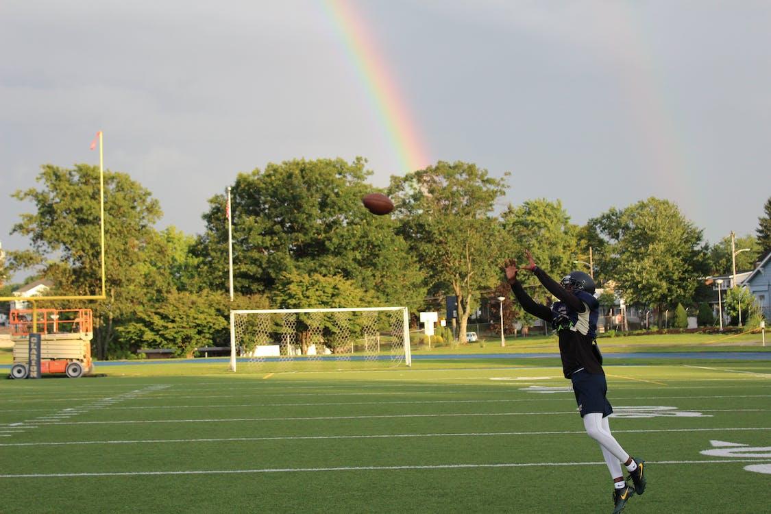 amerikkalainen jalkapallo, asu, jalkapalloilija