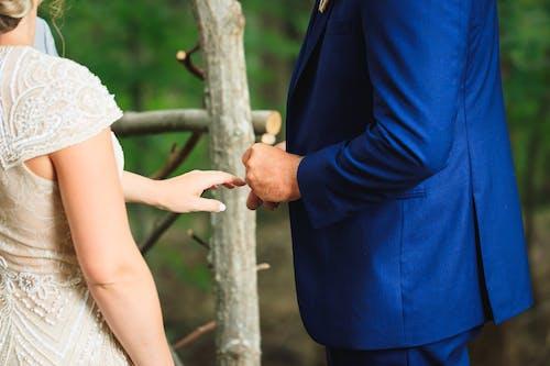Gratis lagerfoto af brud og gom, bryllup