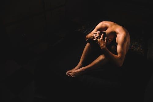 Fotos de stock gratuitas de actitud, color carne, cuerpo, desnudo