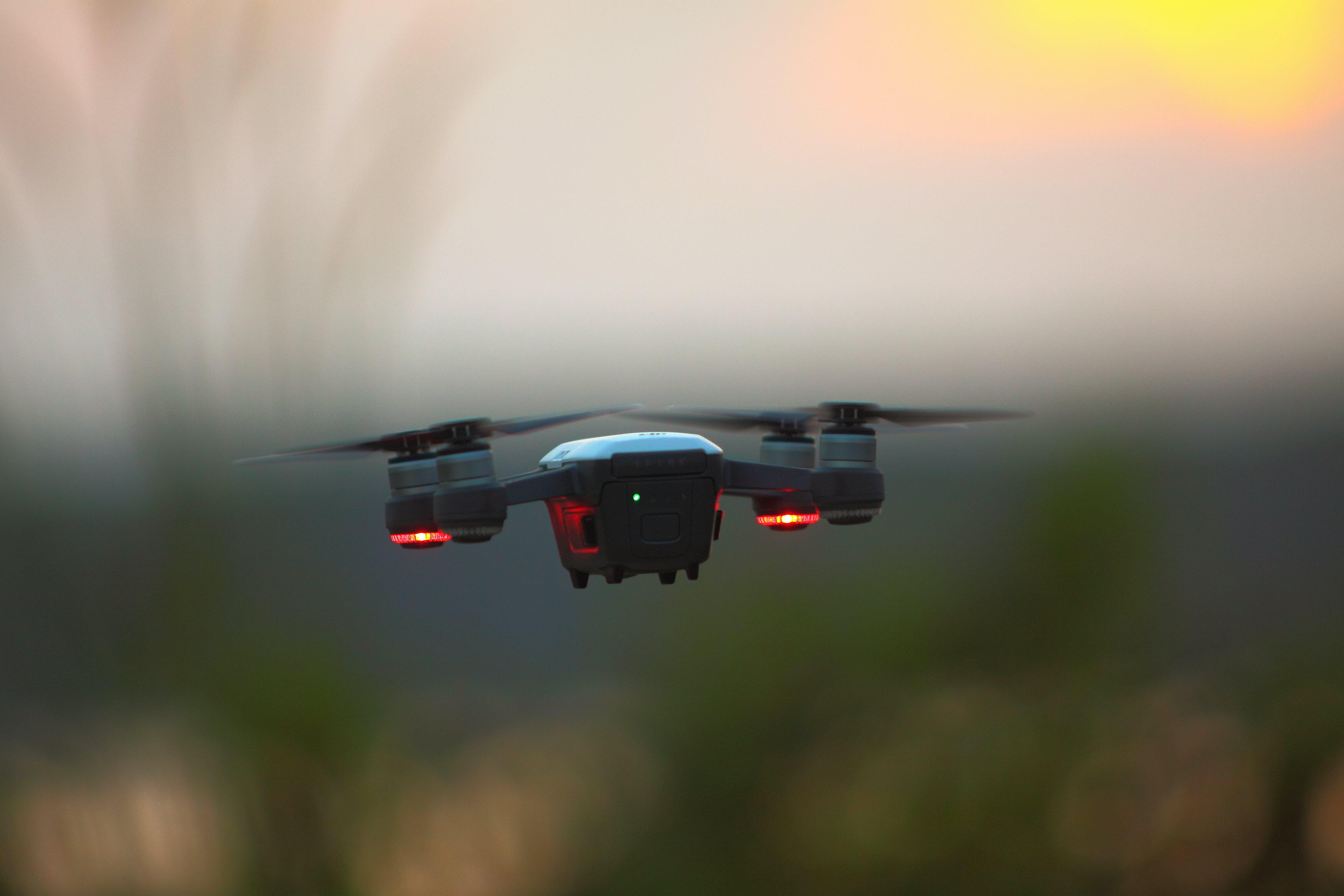 Základová fotografie zdarma na téma dron, fotoaparát, krajina, lehký