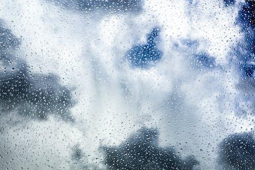 Gratis arkivbilde med bakgrunn, blå, dråper, regn