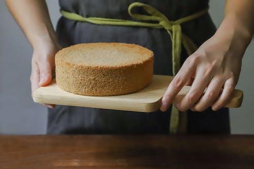 Gratis arkivbilde med bakverk, brød, bursdagskake