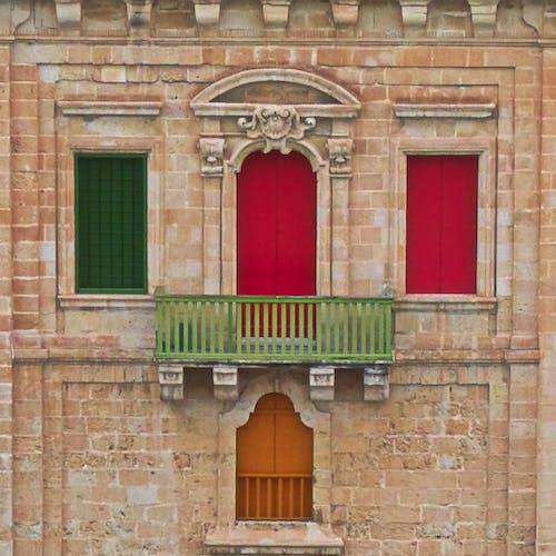 Ilmainen kuvapankkikuva tunnisteilla ikkunat, Malta, vanha talo