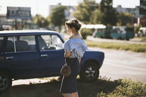 Foto profissional grátis de árvores, auto, automóvel, calçamento