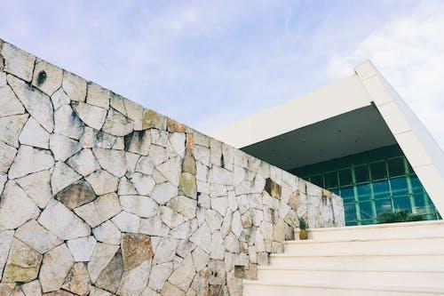 Kostenloses Stock Foto zu ananas, architektur, außen, beton