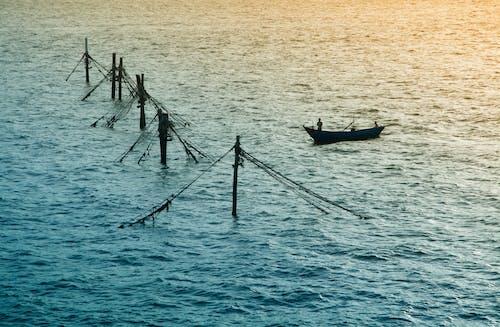 Ilmainen kuvapankkikuva tunnisteilla Airo, kalastaja, laiva, meri