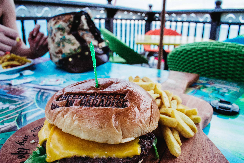 burger, cheeseburger, chutný