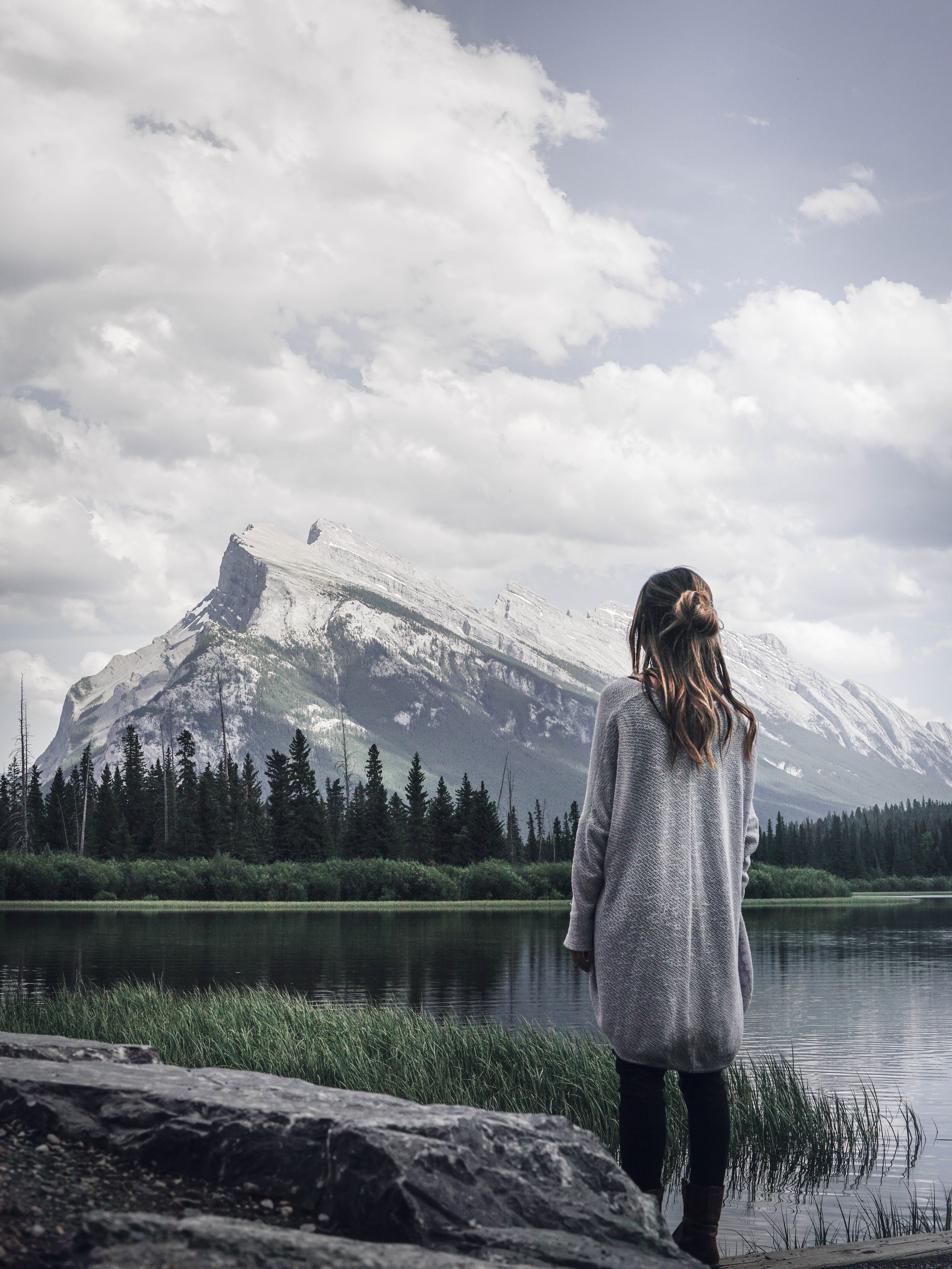 Immagine gratuita di acqua, cielo, femmina, in piedi