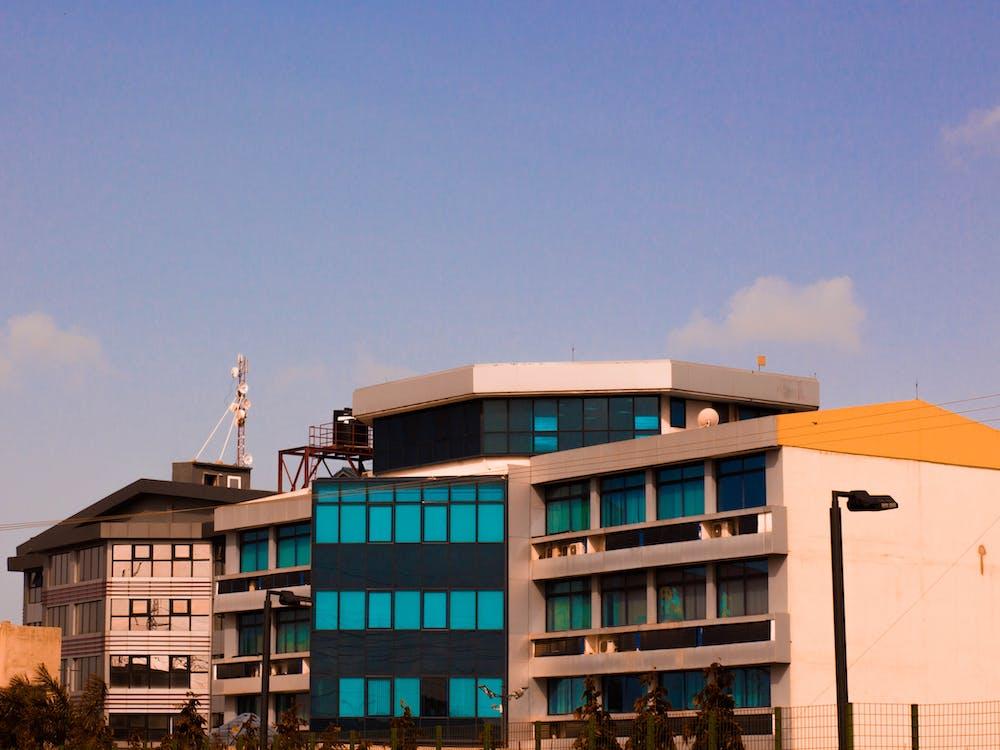 가나, 건물, 건축