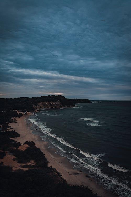 Gratis stockfoto met hemel, klif, natuur, oceaan