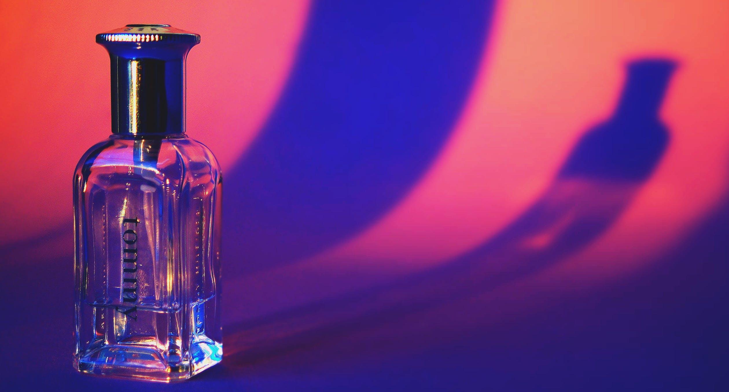 Best Tips for Men Perfume Shopping Online