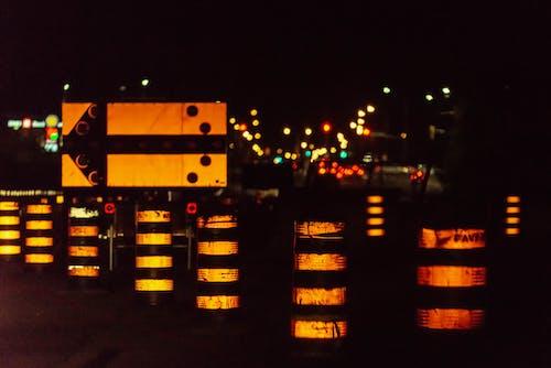 Photos gratuites de cônes, nuit, orange