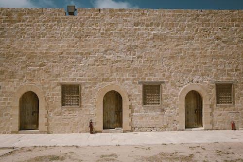 건물 외관, 건축, 돌, 문의 무료 스톡 사진