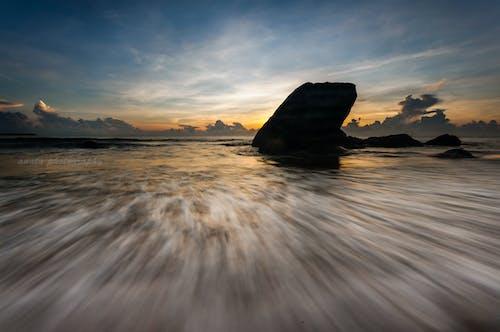Безкоштовне стокове фото на тему «вродлива, краєвид, любов, пляж»