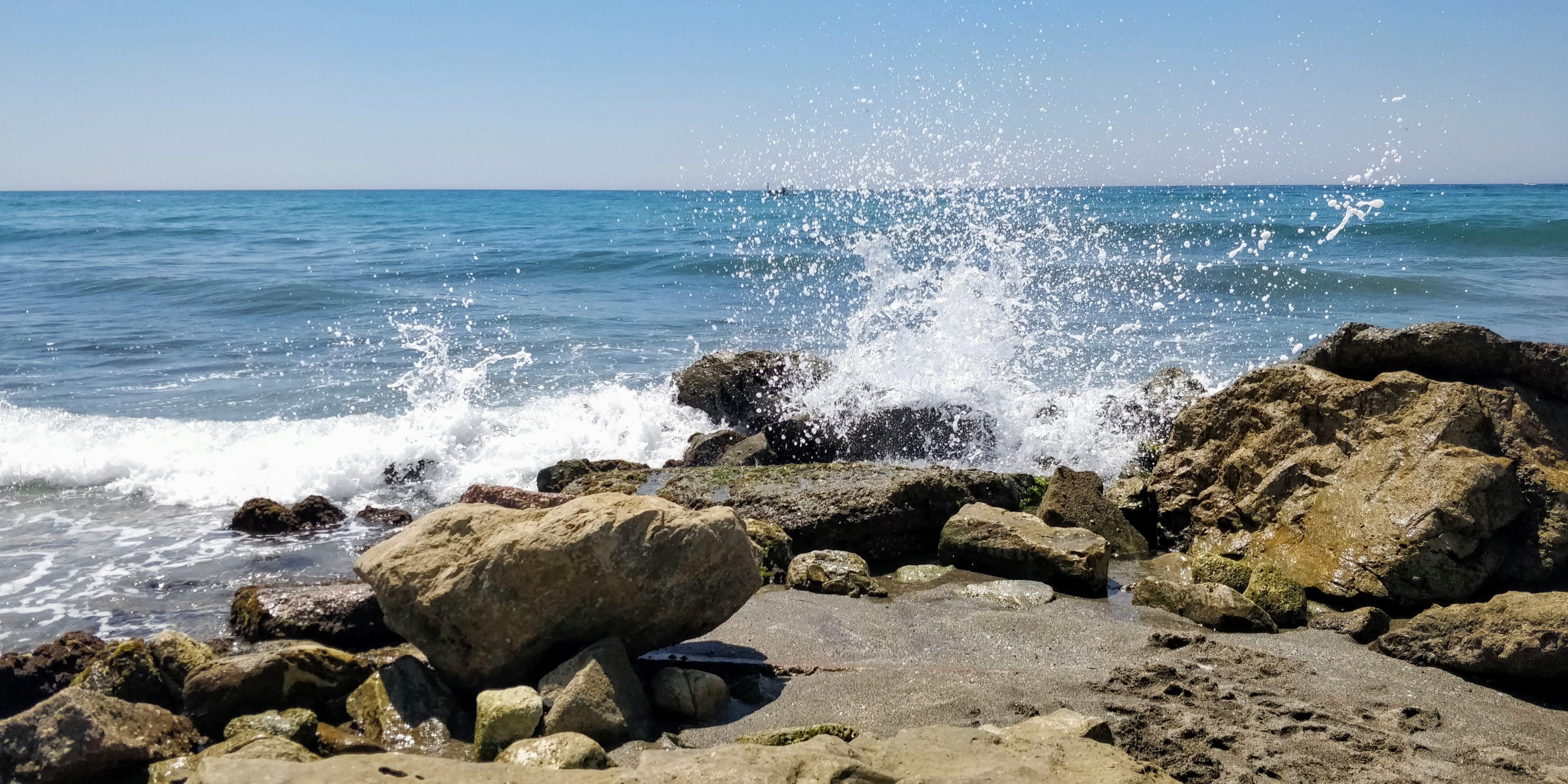 Gratis lagerfoto af blå, blå himmel, bølgeform, bølger
