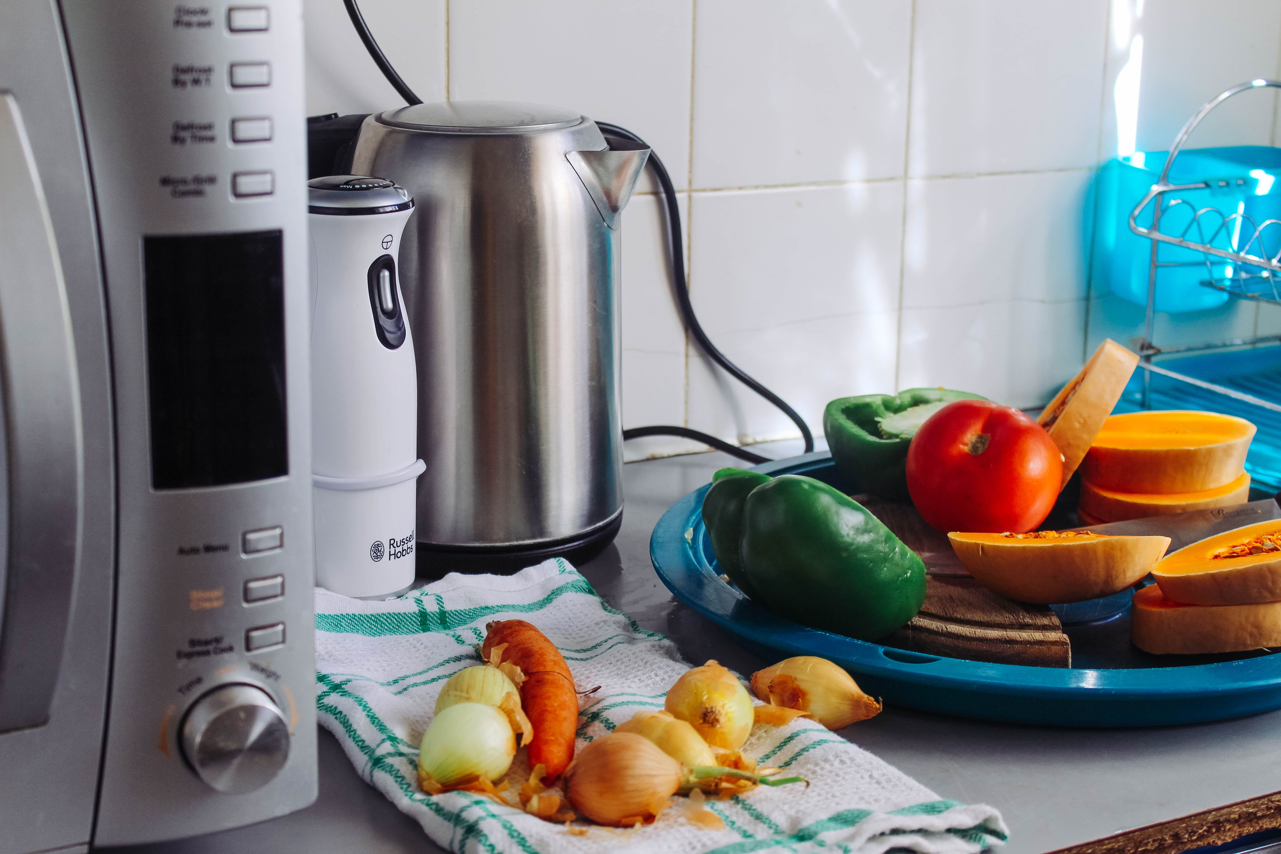 Základová fotografie zdarma na téma domácí spotřebič, jídlo, konvice, kuchyňské potřeby