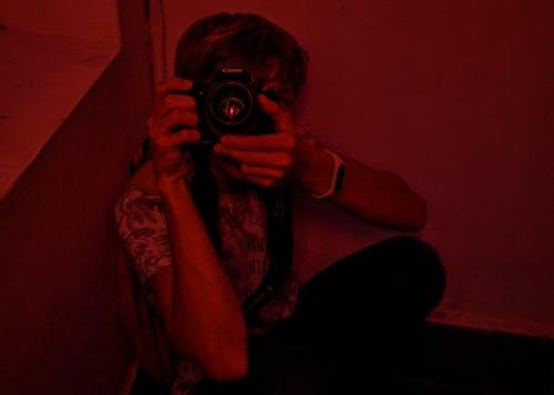 Foto stok gratis fotografer, malam, manusia, potret