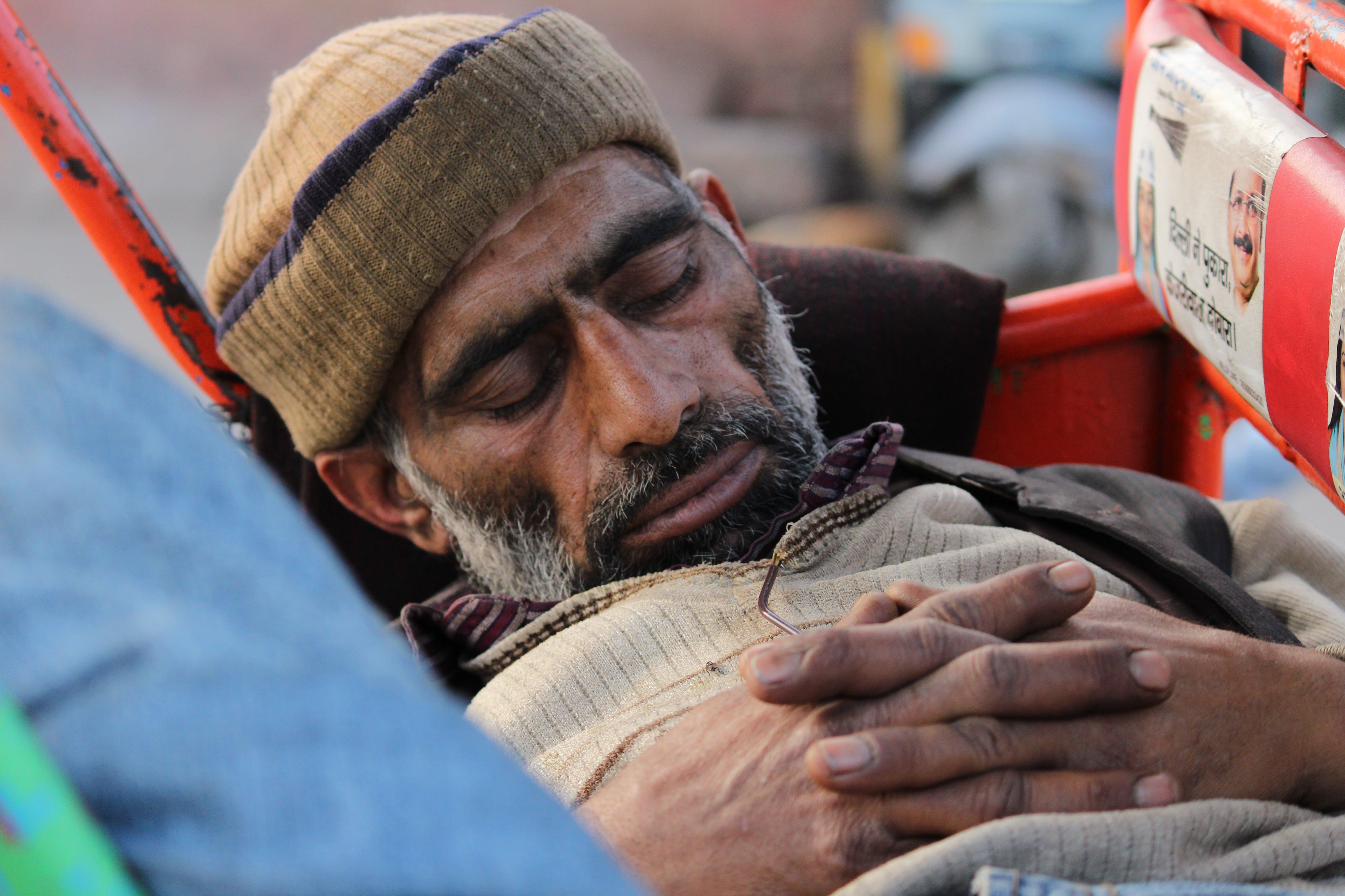 Closeup Photography of Man Sleeping