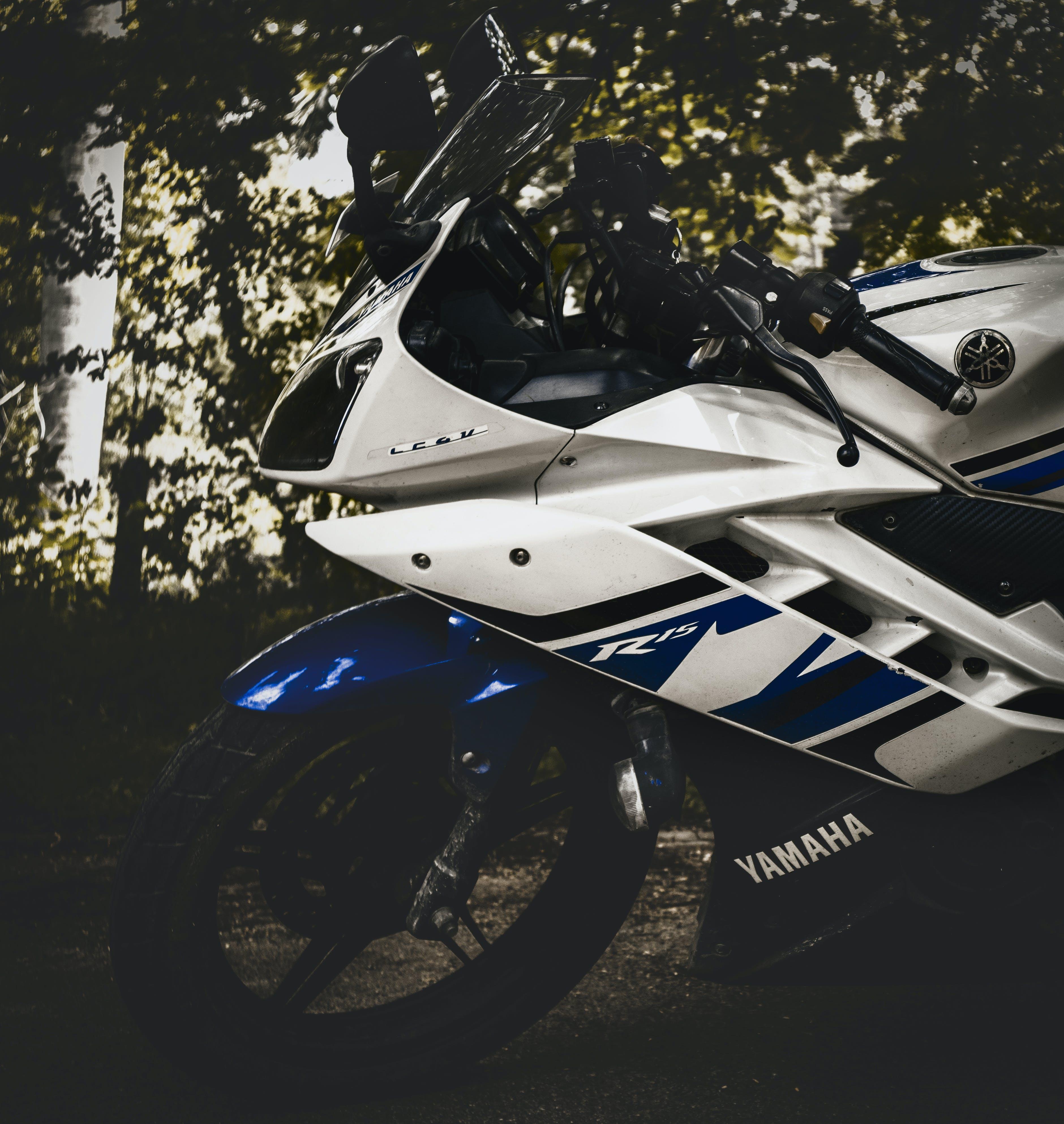 Free stock photo of #bike #motorbike #r15 #, #white #blue, #yamaha #photography