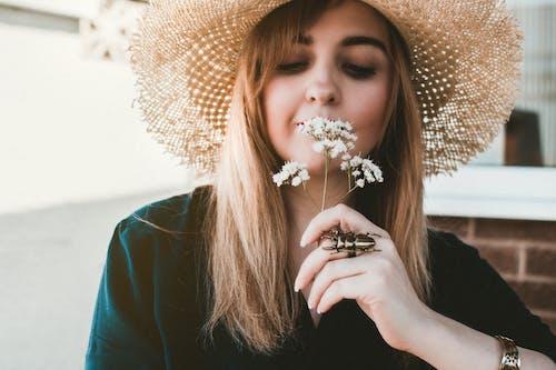 Základová fotografie zdarma na téma atraktivní, dáma, denní, hezký