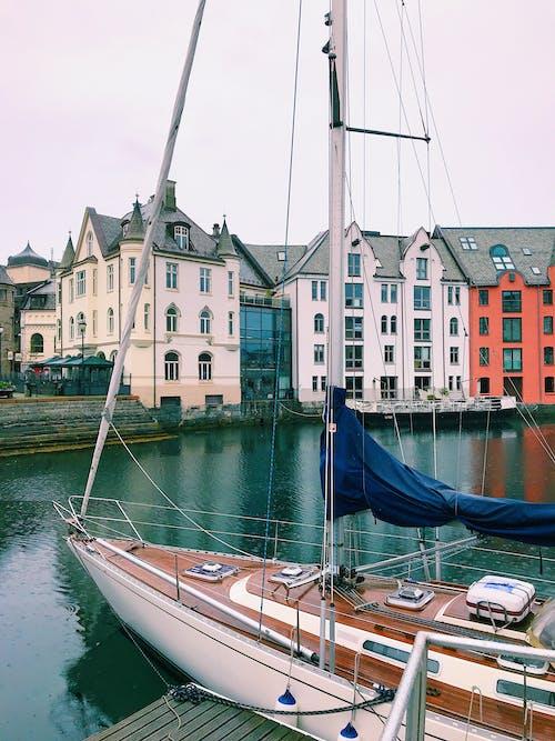Δωρεάν στοκ φωτογραφιών με alesund, βροχή, Νορβηγία
