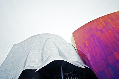 Gratis lagerfoto af arkitektur, bygninger, lavvinkelskud, perspektiv