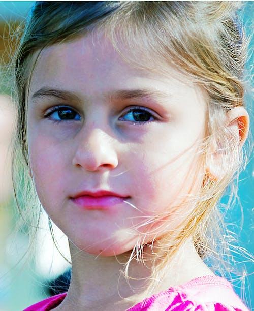 Základová fotografie zdarma na téma roztomilá dívka