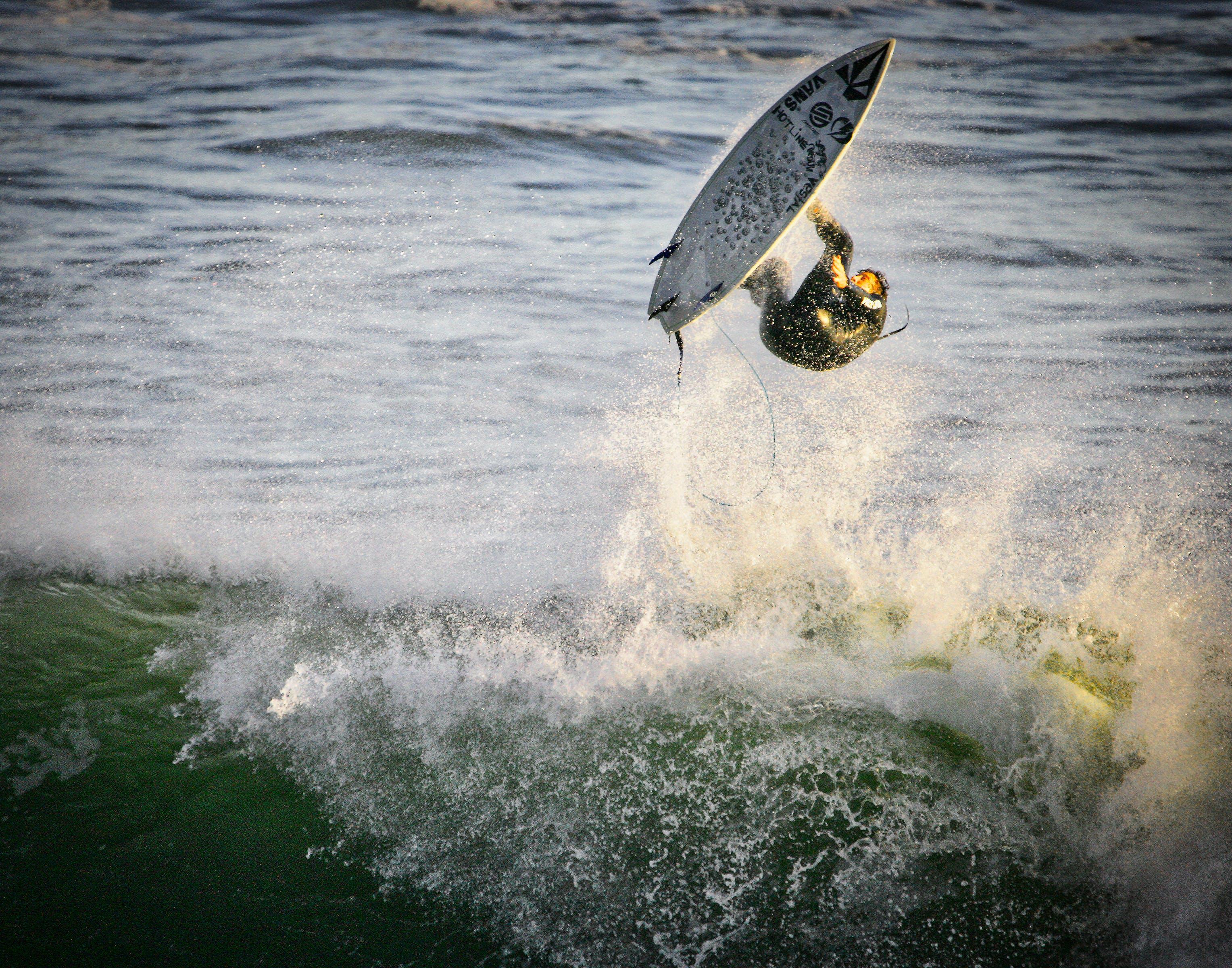 Kostenloses Stock Foto zu dampfer-lane, santa cruz, surf luft, surfer
