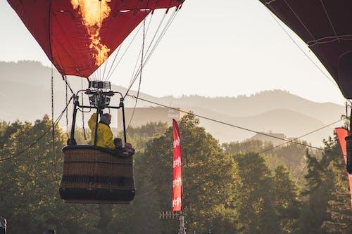 Darmowe zdjęcie z galerii z akcja, aktywność, balon, czas wolny