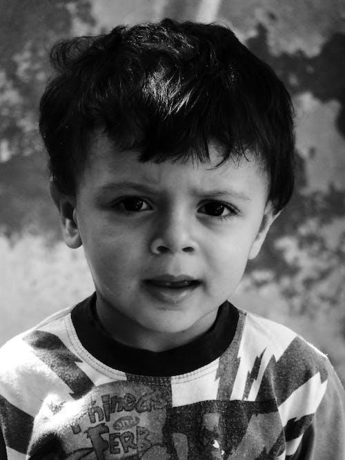 Kostnadsfri bild av barn, leende, oskärpa, person