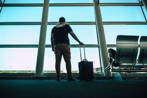 Kostnadsfri bild av avresa, bagage, byggnad, flygplats