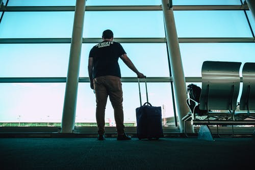 Foto stok gratis bagasi, Bandara, bangunan, bidikan sudut sempit