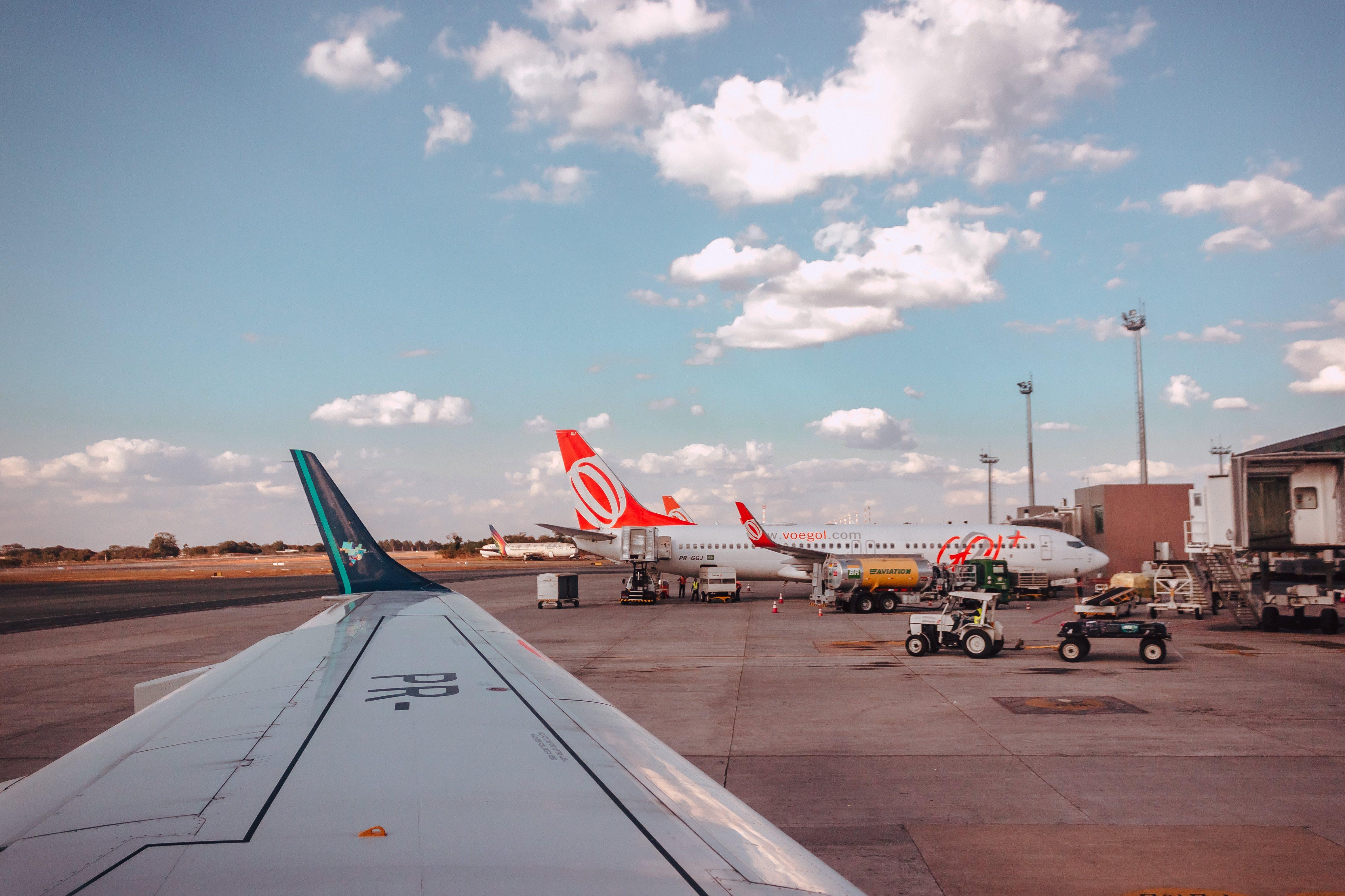Δωρεάν στοκ φωτογραφιών με αεροδρόμιο, αεροπλοΐα, αεροσκάφη, Άνθρωποι