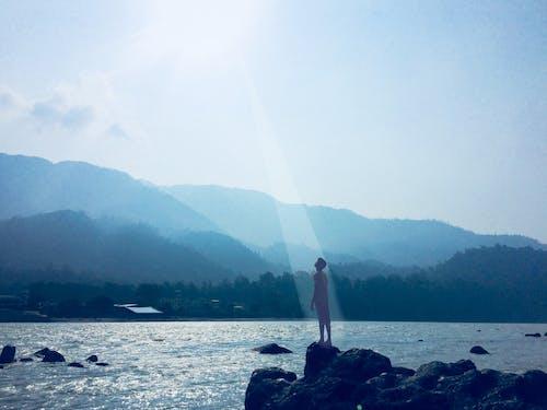 Foto d'estoc gratuïta de ànima, felicitat, muntanyes, natura