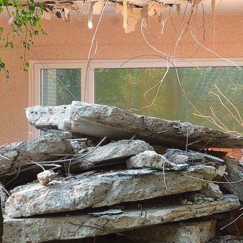 コンクリートブロック, 瓦礫, 破壊, 解体の無料の写真素材