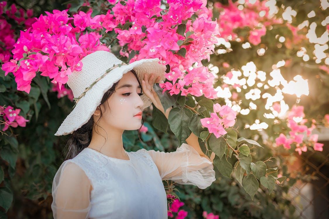 asiatisk kvinna, asiatisk tjej, blomma