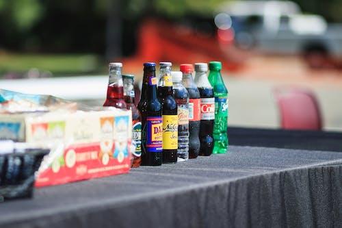Ingyenes stockfotó asztal, autó, italok, jármű témában