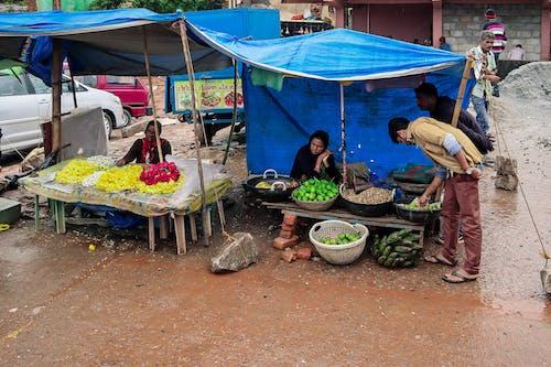 #street #road #people #market #shop #roadside의 무료 스톡 사진