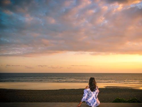 アジアの女の子, アジア人の女の子, バリ, ビーチの無料の写真素材
