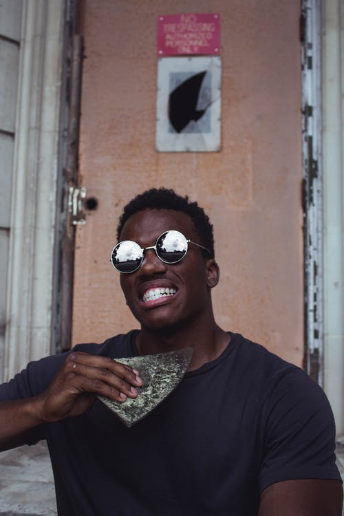 Δωρεάν στοκ φωτογραφιών με άνδρας, γυαλιά ηλίου, έκφραση προσώπου, ημέρα