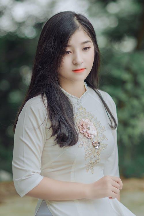 Бесплатное стоковое фото с азиат, азиатка, Азиатская девушка, глубина резкости