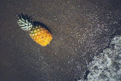 Kostenloses Stock Foto zu ananas, aufsicht, farbe, freizeit