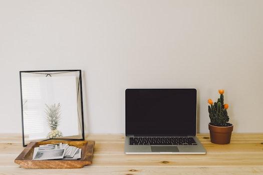 Free stock photo of wood, light, desk, laptop