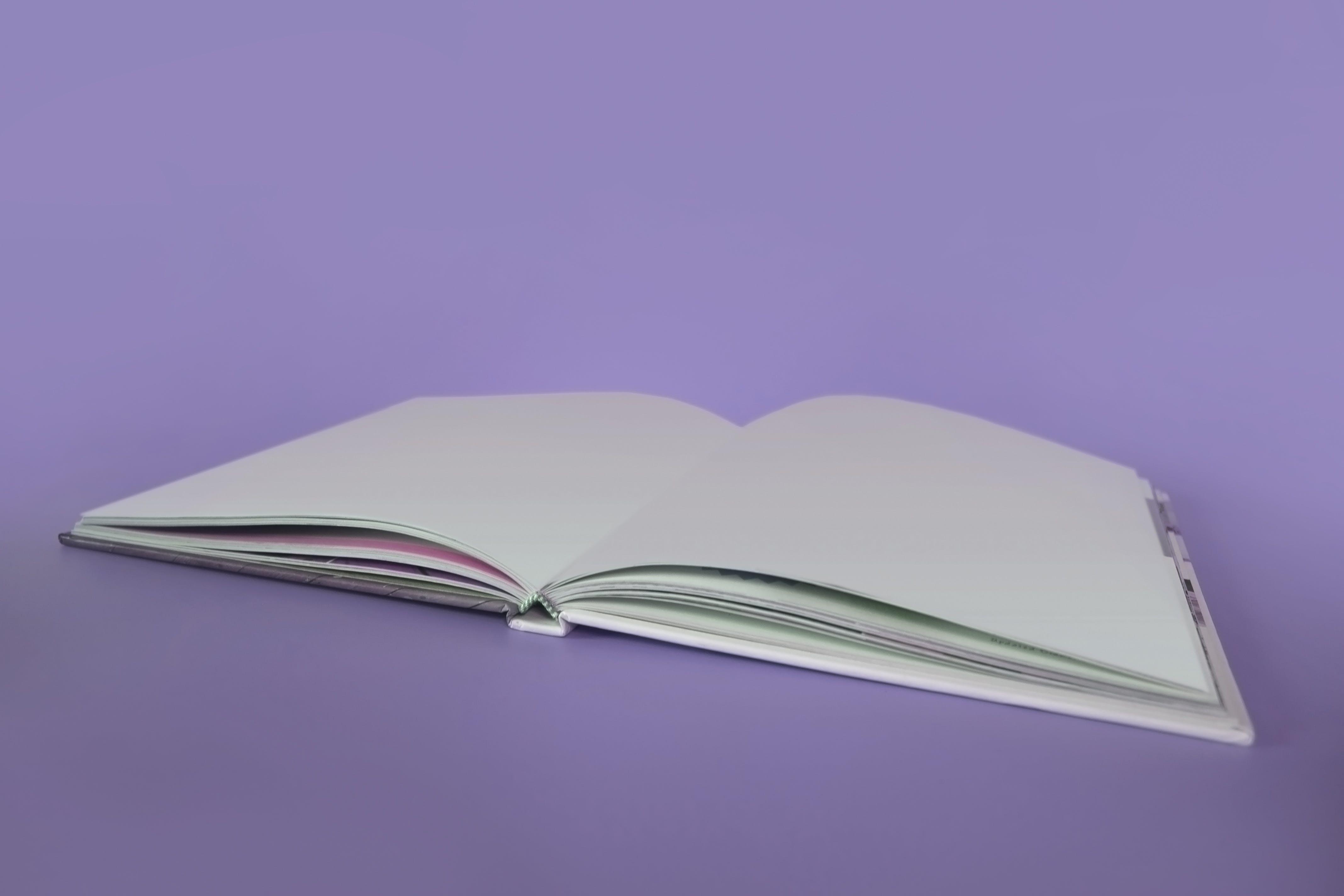 Ingyenes stockfotó ágyneműk, borító, könyvoldalak, közelkép témában
