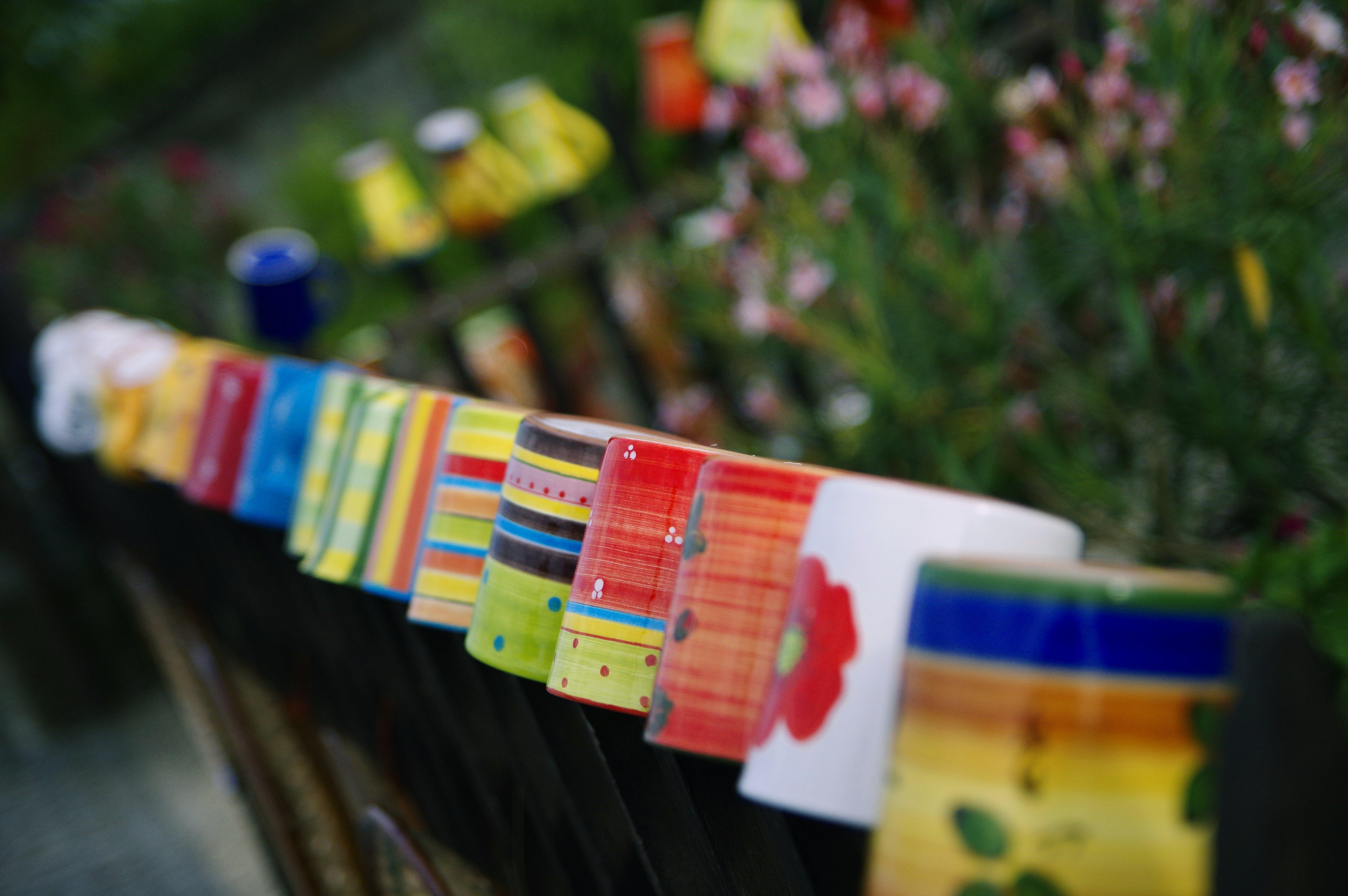 Foto d'estoc gratuïta de colors, fet a mà, mercat, tasses