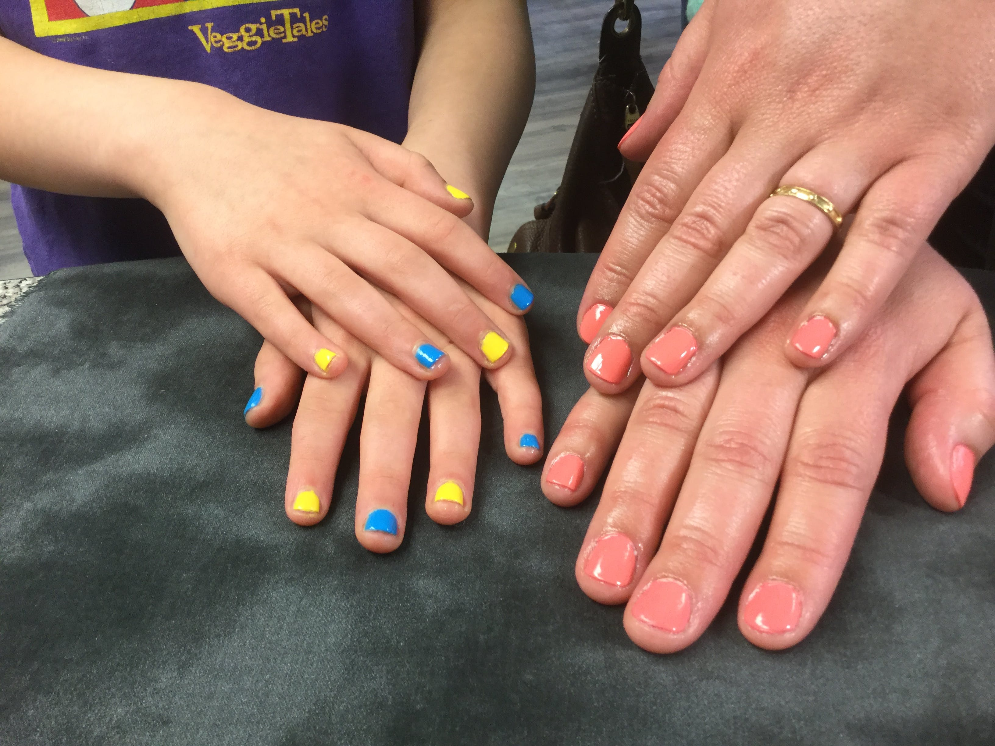 Free stock photo of #mother #daughter #nails