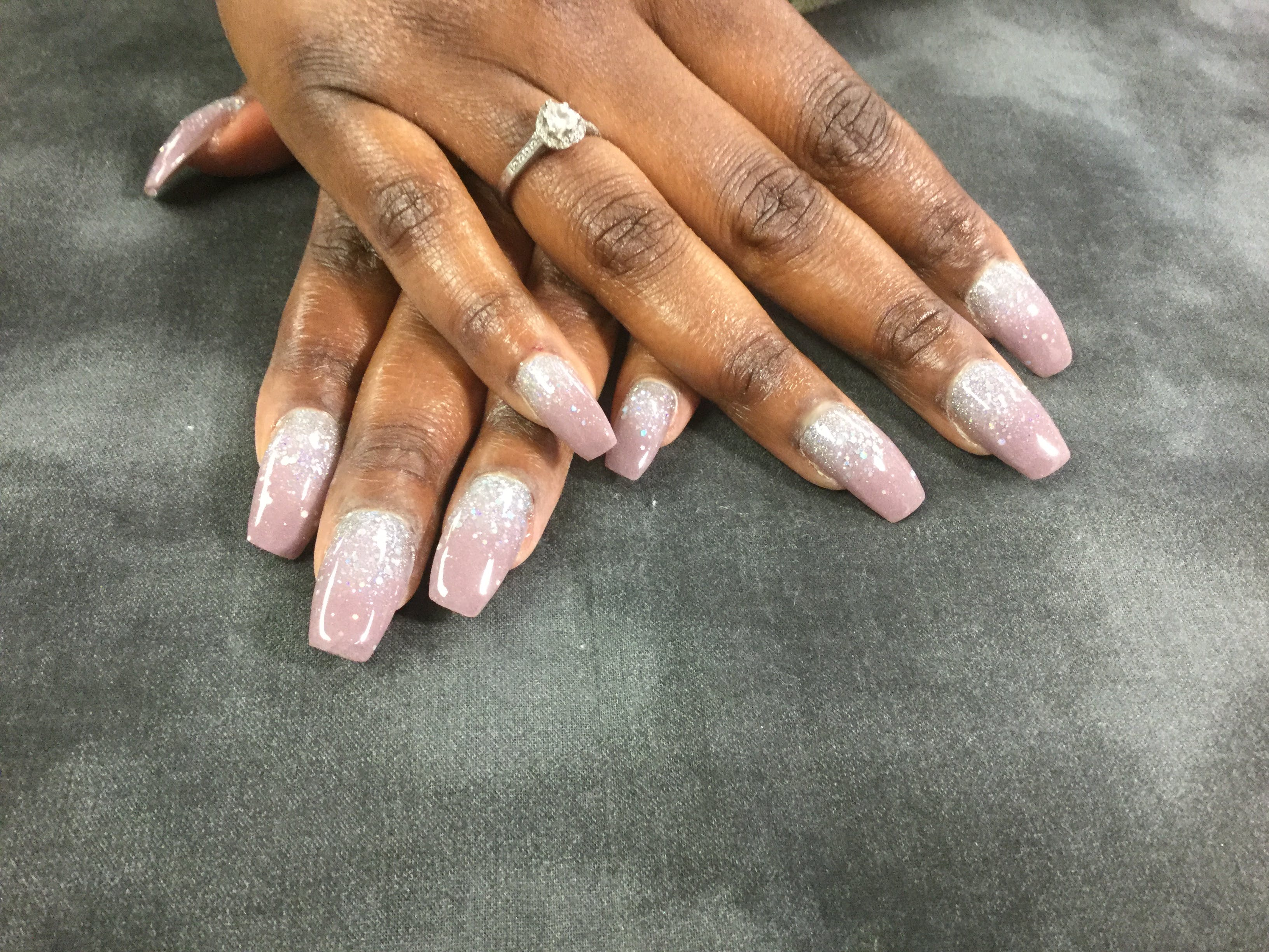 Free stock photo of #ombrenails #nails