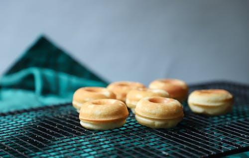 Gratis stockfoto met bergen, binnen, binnenshuis, donuts
