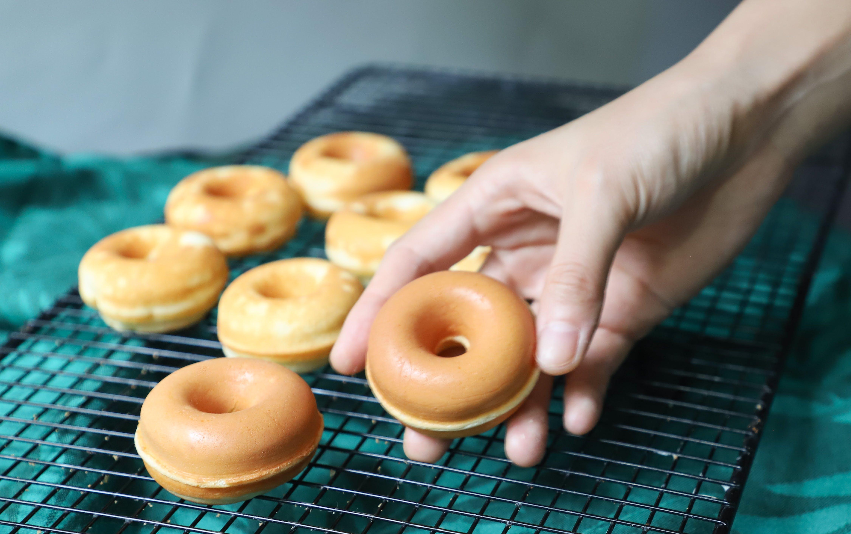 Free stock photo of donut